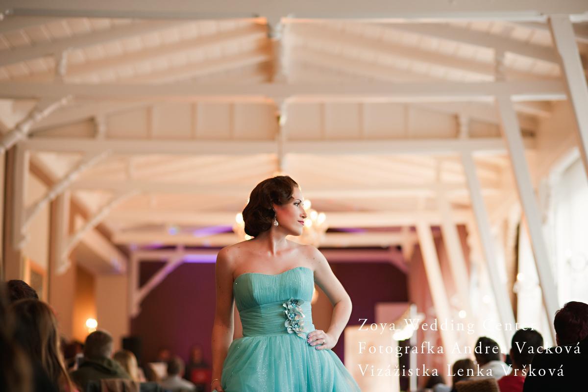 Prehliadka svadobných a spoločenských šiat v Kursalon Trenčianske Teplice - Zoya Wedding Center Modelky líčila Lenka Vršková http://vizaztrencin.sk/  Moja práca - FOTO :-)