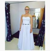 Svadobné šaty s ľudovým motívom, 38
