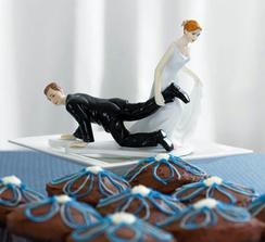To odpovídá skutečnosti :-) ...podobná figurka na dort už mi jde poštou snad...