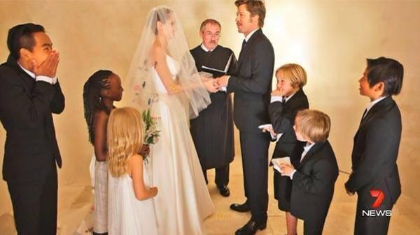 Hot news! - svatba Angelina Jolie & Brad Pitt - Obrázek č. 3