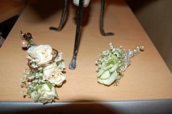 pierko pre ženícha a malého drobca