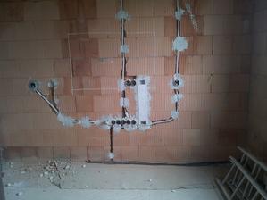 tady bude jednou obývací stěna s televizí