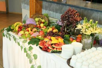 Nějaké ovoce