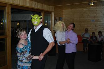 smím prosit...i Šrek s Fionou nás vyzval k tanci