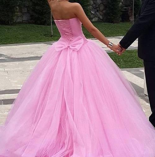 Moje ružové predstavy :) - Veľmi krááááásne :) asi som sa zamilovala :)