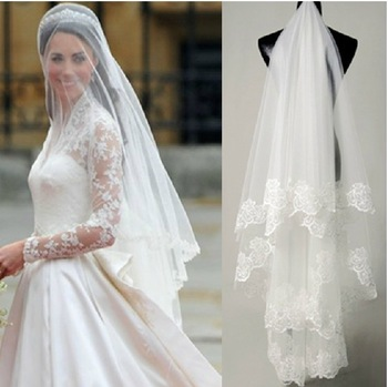 Moje ružové predstavy :) - Tak toto ma dostalo :O čo už na tom alliexprese nenájdem :D http://www.aliexpress.com/item/Free-shipping-hot-sale-high-quality-Wholesale-wedding-veils-bridal-accesories-lace-veil-bridal-veils-White/1415791161.html