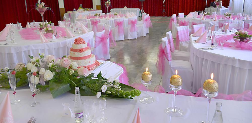 Moje ružové predstavy :) - Jednoznačne okrúhle stoly ;)
