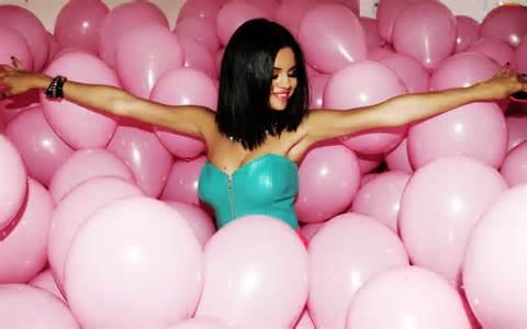 Moje ružové predstavy :) - Plnóóóóóóóóó ružových balónov ;)