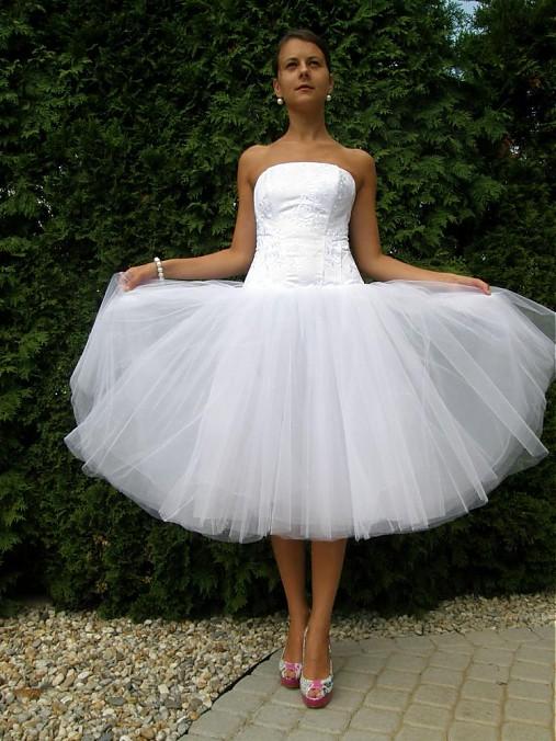 Moje ružové predstavy :) - Milé šatočky :) http://www.sashe.sk/missena/detail/ballet-dress len už sú predané :/