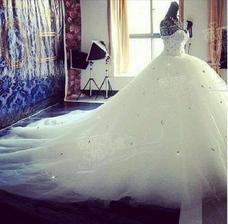 Topovské šaty ;)