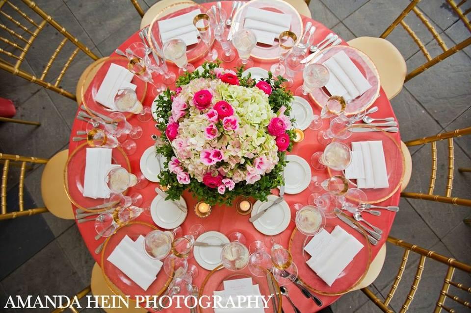 Moje ružové predstavy :) - Kráásne :) asi objednám niekde tie obrusy :) len ešte neviem kde :D