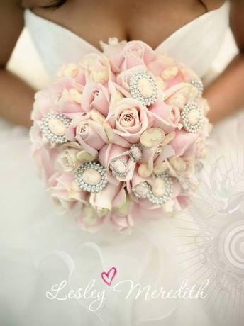 Moje ružové predstavy :) - Pekná kytička ;)