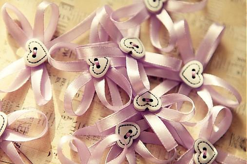 Moje ružové predstavy :) - Pekné pierka :)