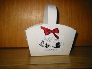 """Košíčky na koláčky s naším """"logem"""":-)"""