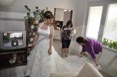 Ivory svatební šaty, 44