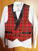 Chlapecký oblek vel.122, 122