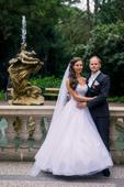 Luxusní svatební šaty ze salonu, 36
