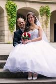 Princeznovské svatební šaty s korzetem, 36