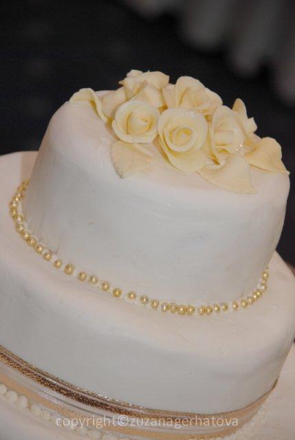 6.6.2009 Banská Bystrica - svadobná torta bola výborná