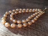 Dvojradový náhrdelník v zlatej farbe,