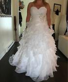 nařasené svatební šaty, 40