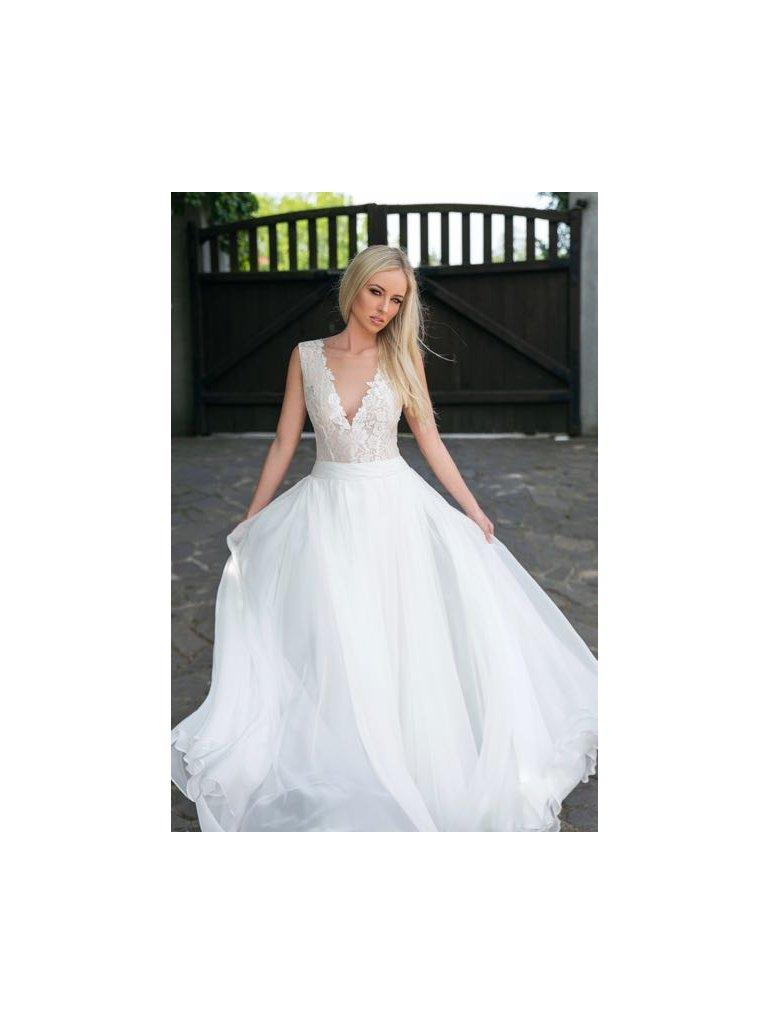 Romantické svatební šaty s krajkou - Obrázek č. 1