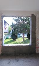 Otvor na predné okná.