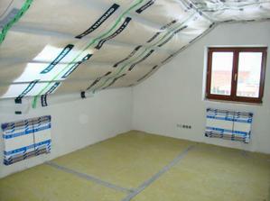 skoro už regulérní místnosti - únor 2010