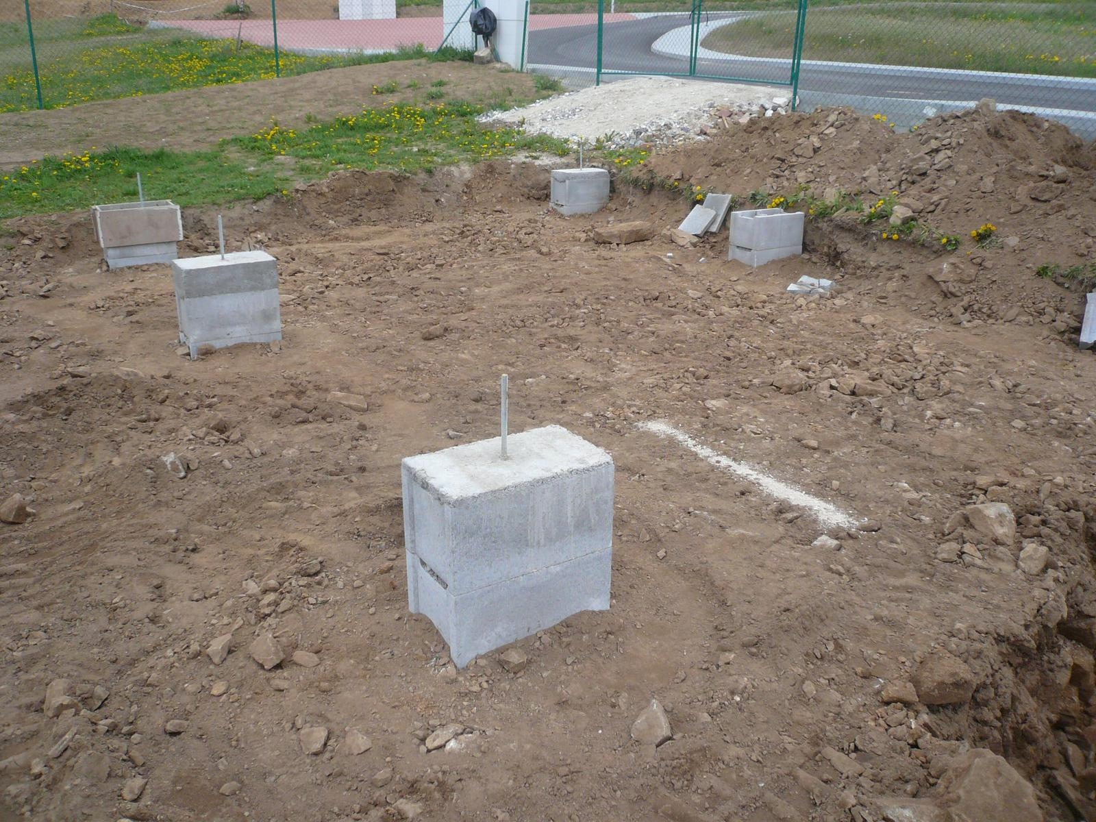 Pasivní dřevostavba na betonových patkách S. Hoštice - Obrázek č. 9