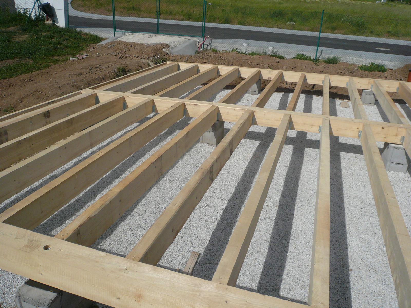 Pasivní dřevostavba na betonových patkách S. Hoštice - Obrázek č. 13