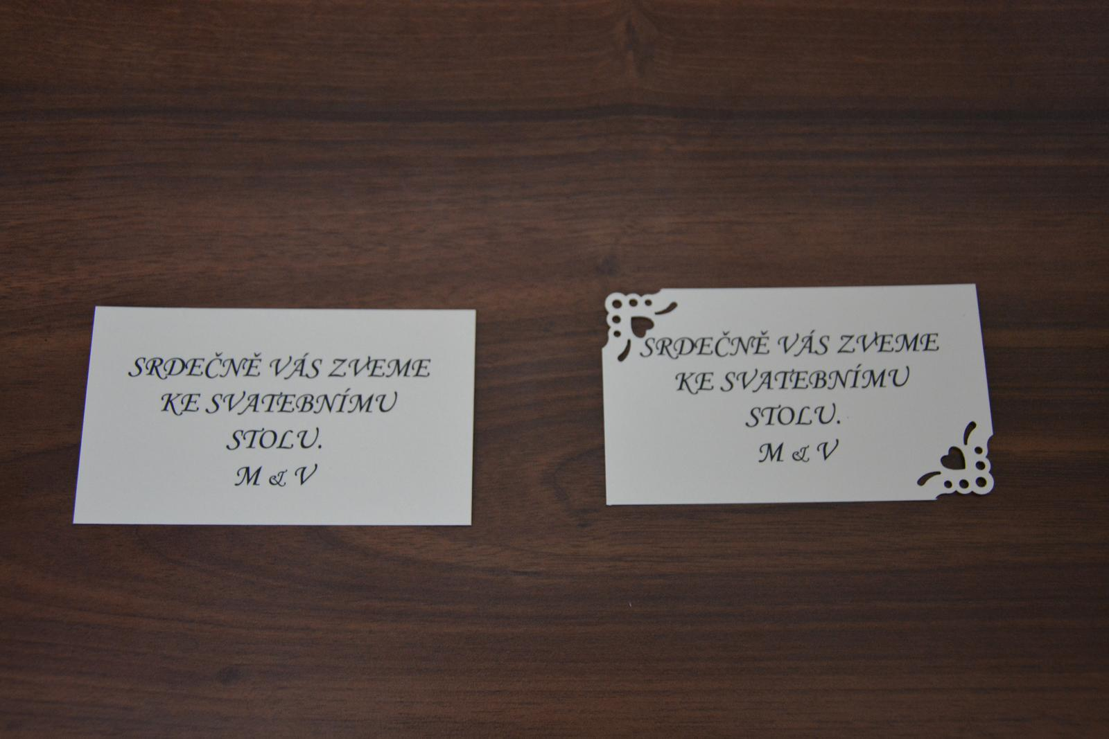 Pozvánka ke svatebnímu stolu s monogramy M & V - Obrázek č. 1