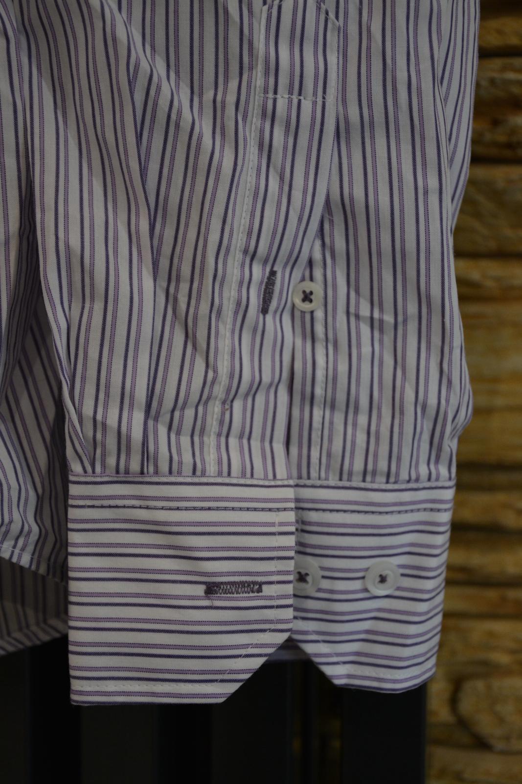 Bílá košile s fialovým proužkem - Obrázek č. 3