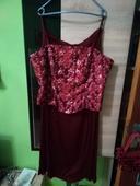 Spoločenské šaty , 42