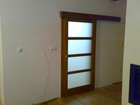 RD SOLID - Posuvne dvere na vstupnej chodbe