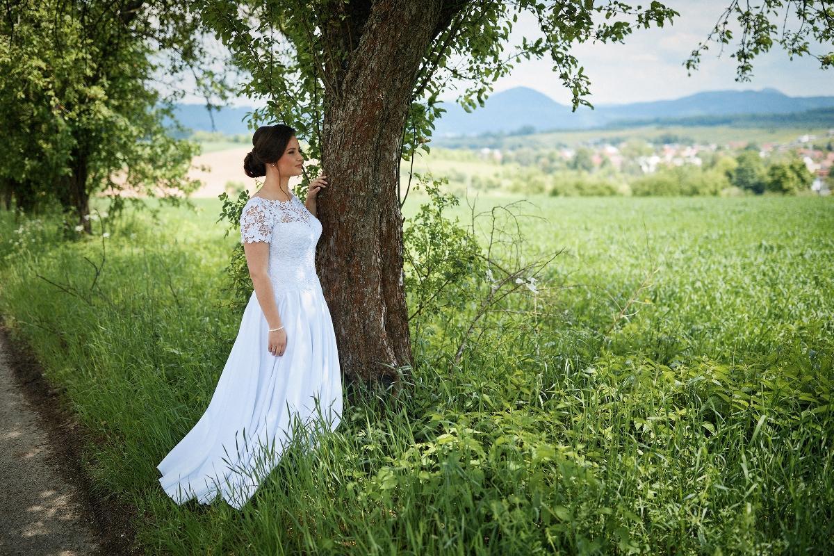 Svadobné šaty 42 - Obrázok č. 2