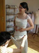 """No a """"publikum"""" si chtělo také užít šaty, tyhle jsou zelenkavé (chci mít zeleno bílou svatbu)"""