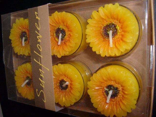 Slniečkova svadba na ranči - do kališkov na stôl slnečnicové sviečky