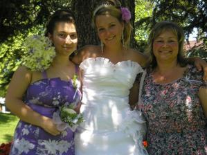 s maminkou a sestrou