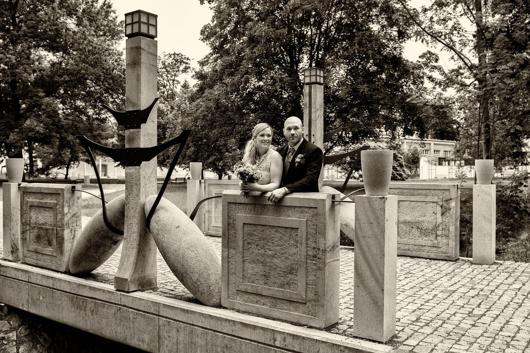 oazadopo - Obřad v Zámeckém parku Praha Dolní Počernice
