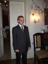 Muj Kubík v obleku:-)