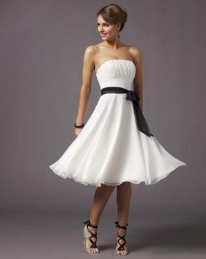 Co už máme...objednáno, zařízeno nebo doma :-) - šaty na večer jen bude žlutá stuha