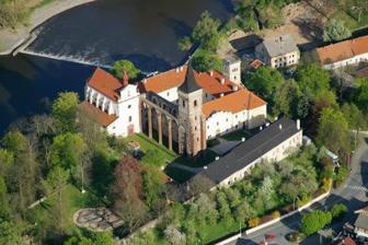 místo obřadu - Sázavský klášter