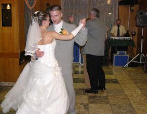 prvý tanec...