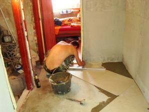 kladenie podlahy