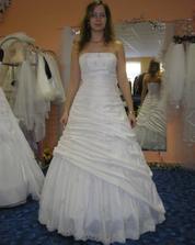 13. šaty