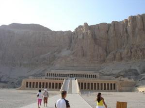 chrám královny Hantsephut