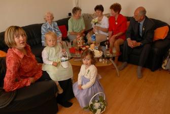 družičky, babičky, tetičky ještě u nás doma