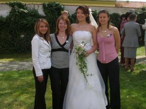 nevěsta a kolegyně z práce