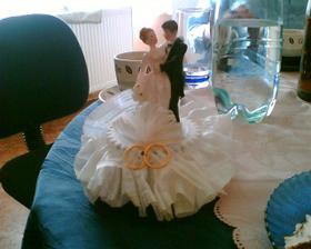naše figurka na svatební dort