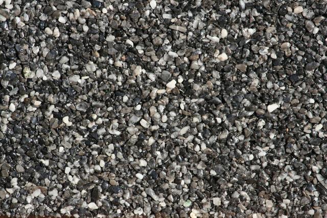 Nas domcek - Zero, ale pre nas Nr. One :-) - kamenny koberec na terasu objednany :-)